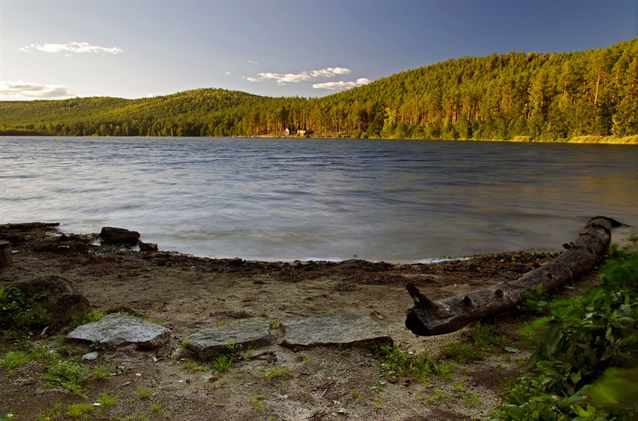 Берег озера Инышко